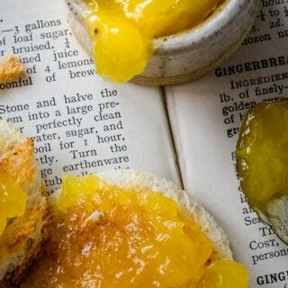 easy homemade lemon and ginger curd by larderlove