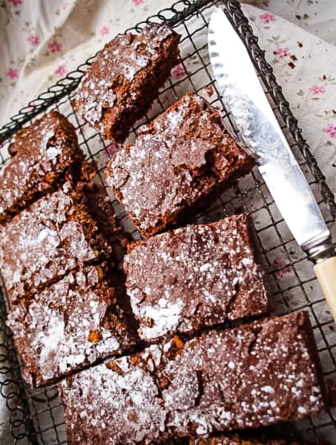 brownies on coolilng rack
