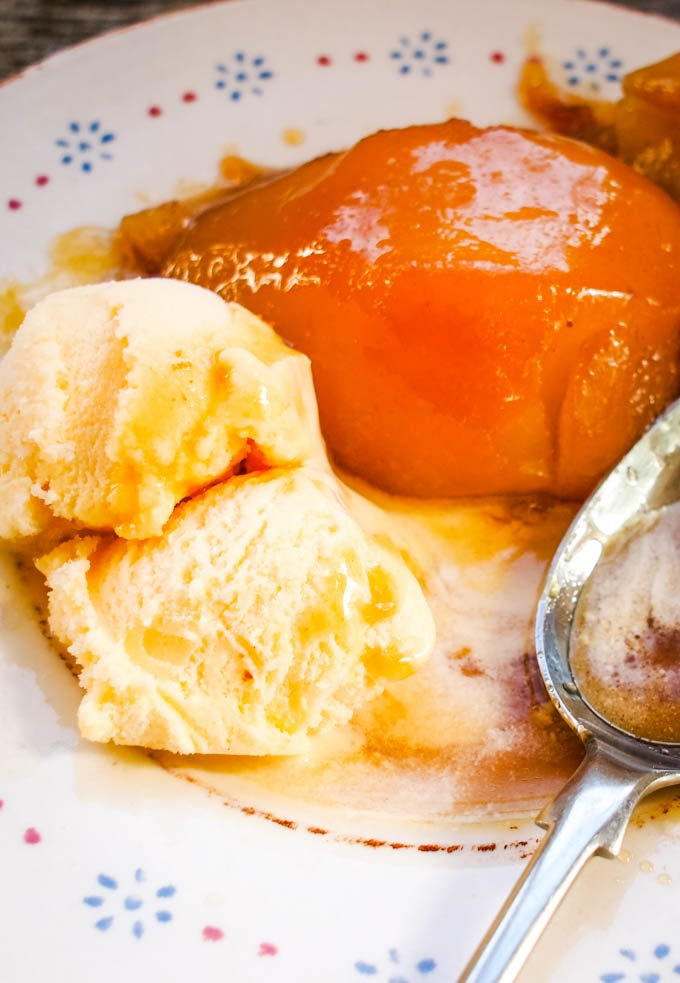 pears with icecream