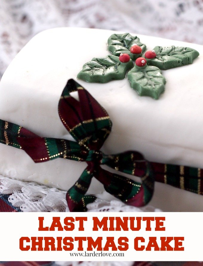 last minute christmas cake by larderlove