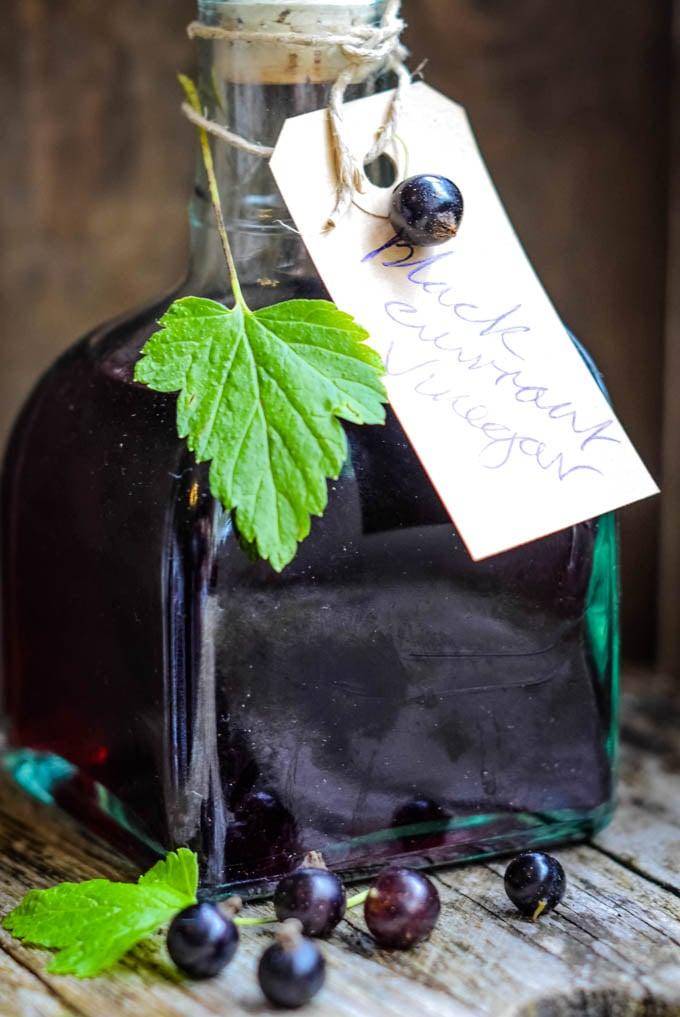 blackcurrant vinegar by larderlove