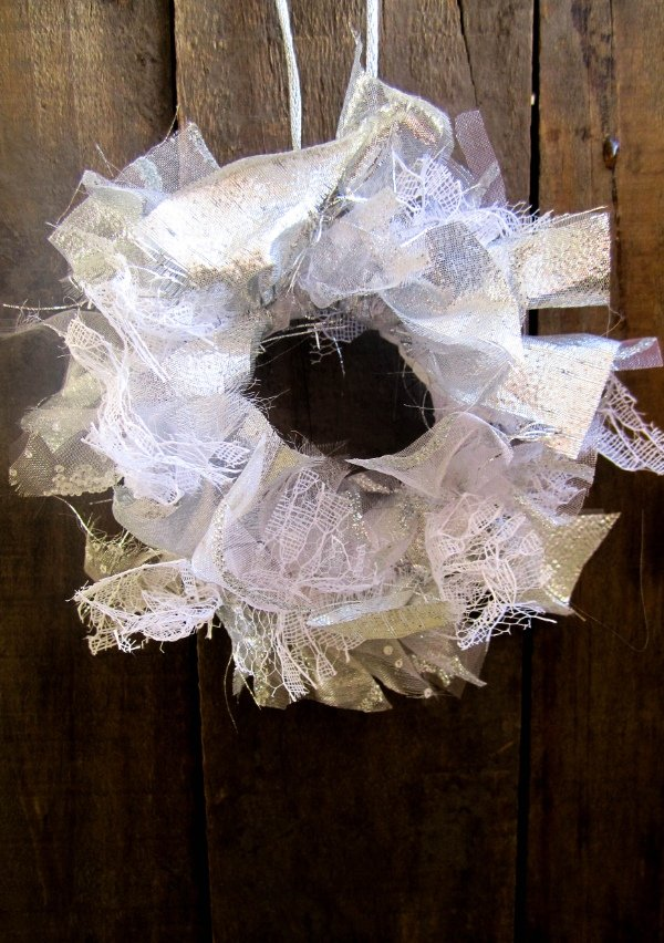 RecycledFabricWreath2