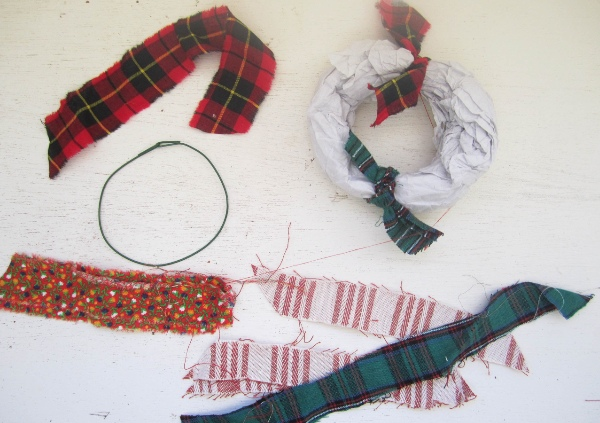 RecycledFabricWreath5