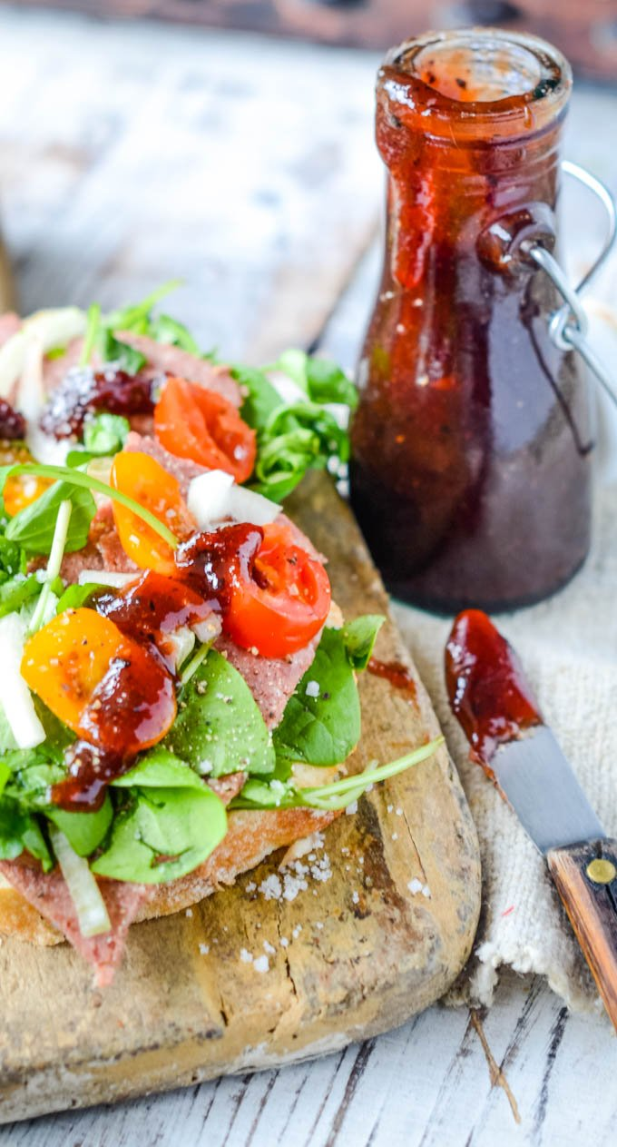 hawthorn berry ketchup with ham sandwich
