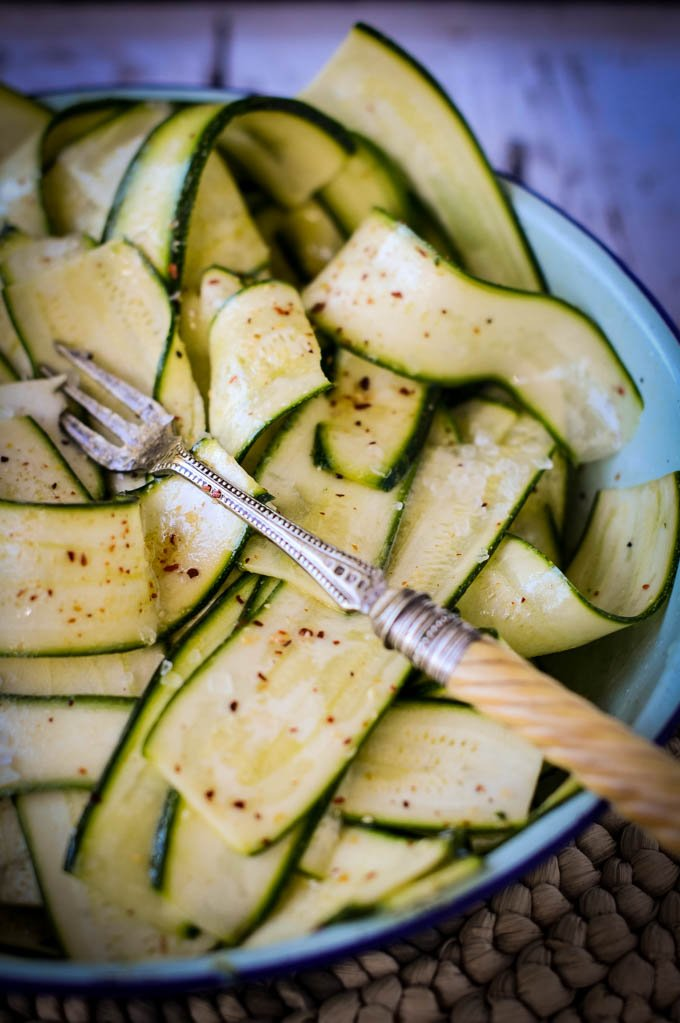 grilled courgettes in oil by larderlove