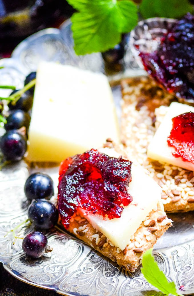fruit cheese on crackers