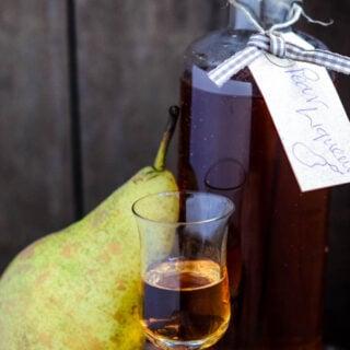 homemade pear liqueur by larderlove