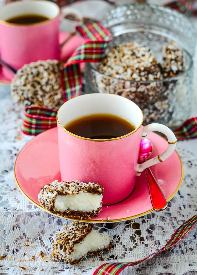 coffee and macaroon at side