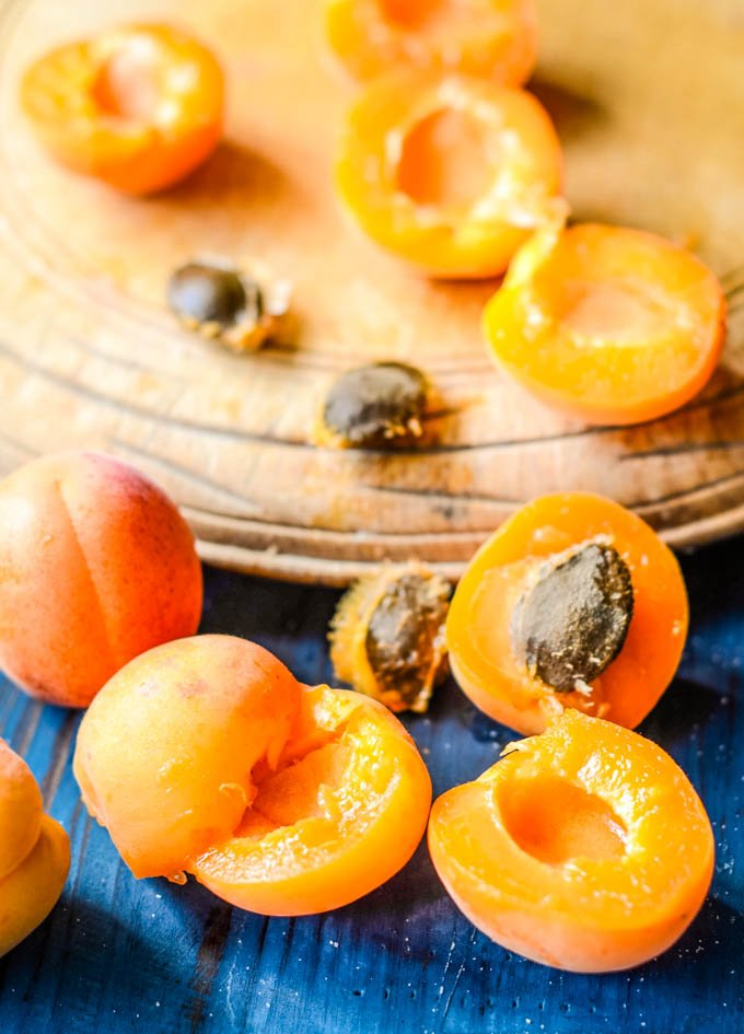 apricots on chopping board