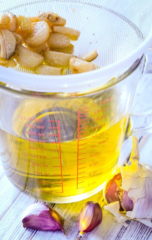 straining the oil