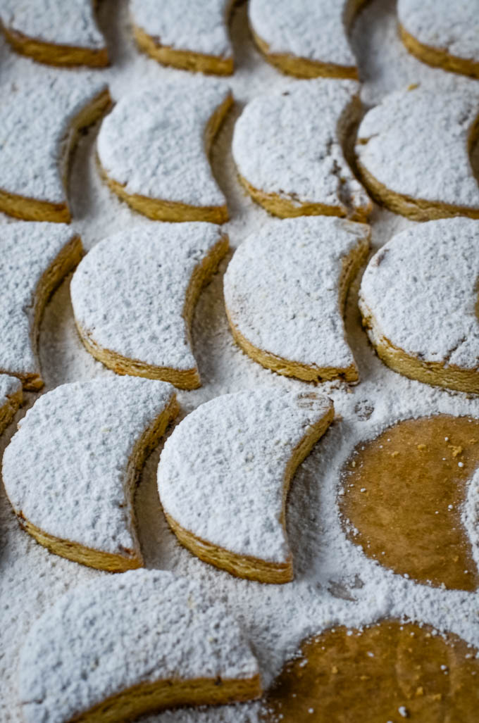cookies in rows
