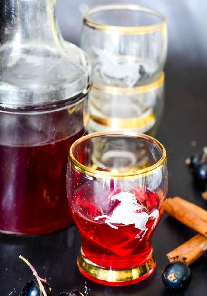 blackcurrant vodka liqueur