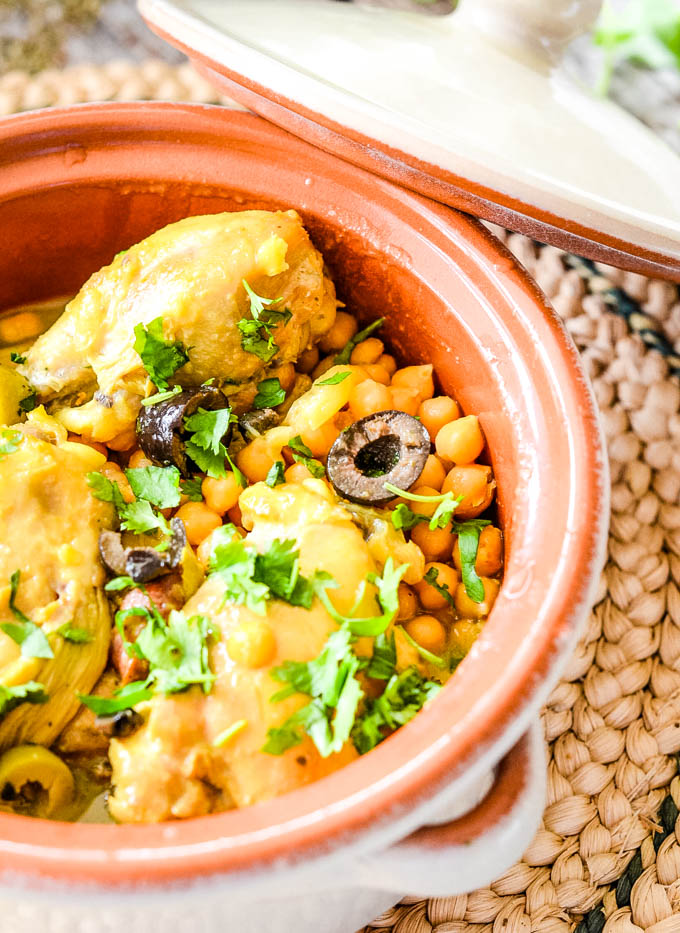 close up of cooking pot with Moroccan chicken