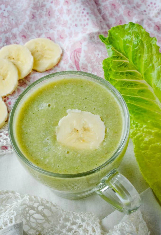 banana and lettuce snoozie smoothie sleep aid in glass cup