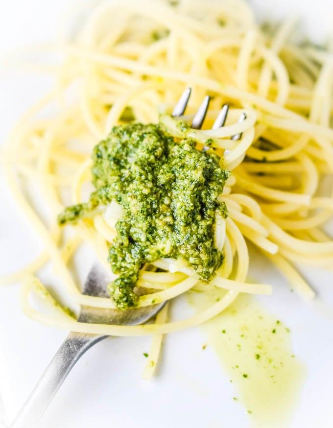 pesto and spaghetti