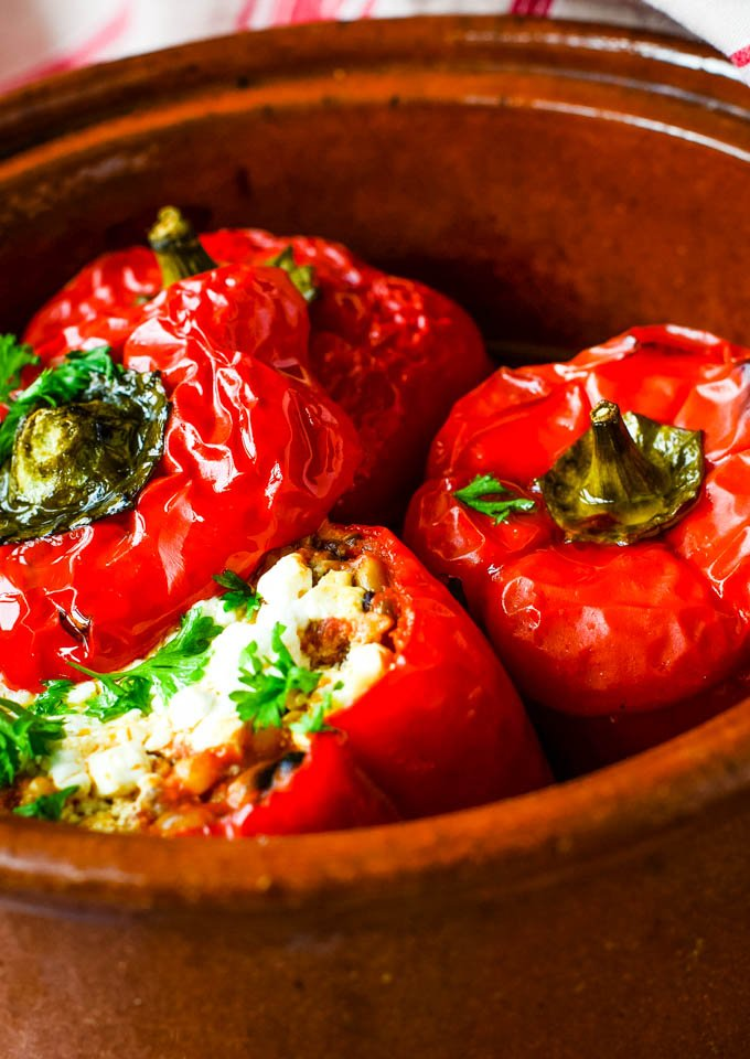 finished stuffed peppers in cooking pot