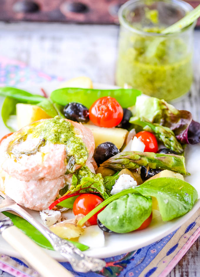 salmon and pesto roll ups with salad
