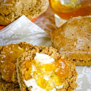 treacle scones by larderlove