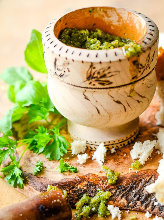 pesto with basil and breadcrumbs