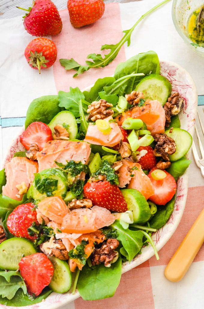 strawberry and salmon salad with spinach and walnuts by larderlove
