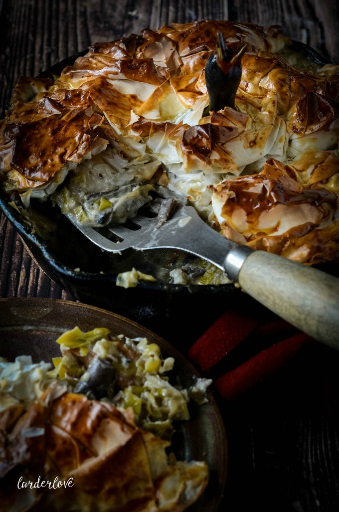 chicken and leek pie by larderlove