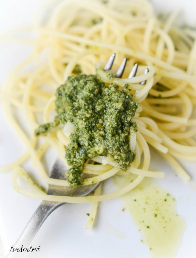 homemade pesto by larderlove
