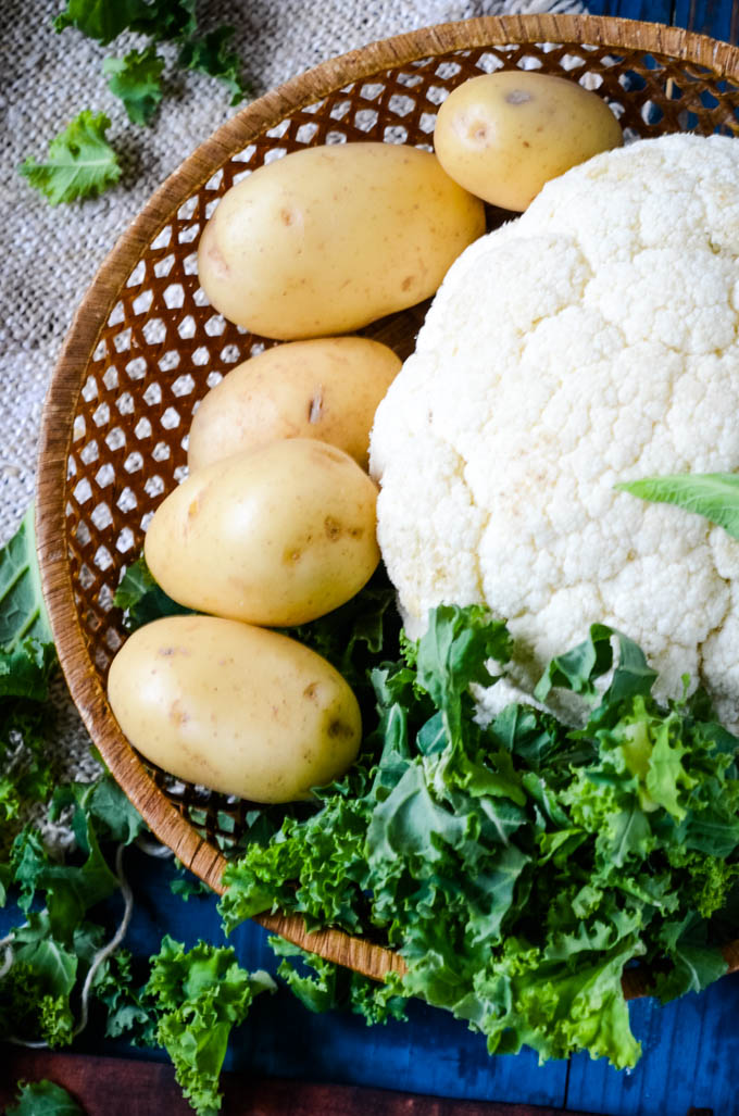 ingredients for curried cauliflower and potato soup