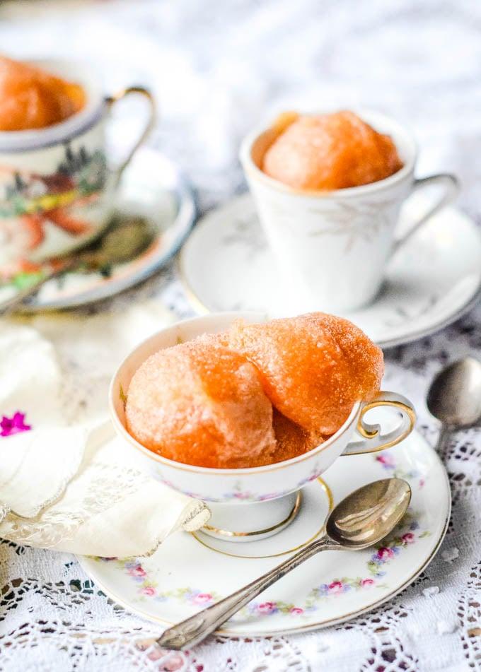 earl grey tea sorbet in tea cups
