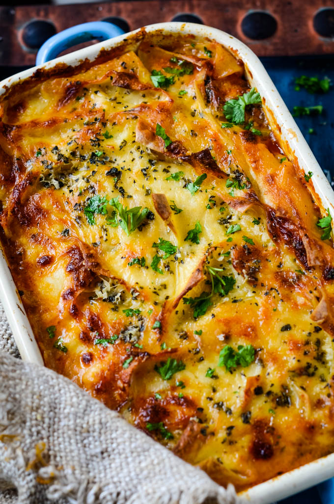 lasagne in baking tin