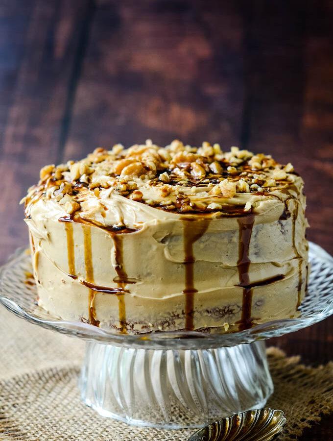 easy coffee and walnut cake with cardamom