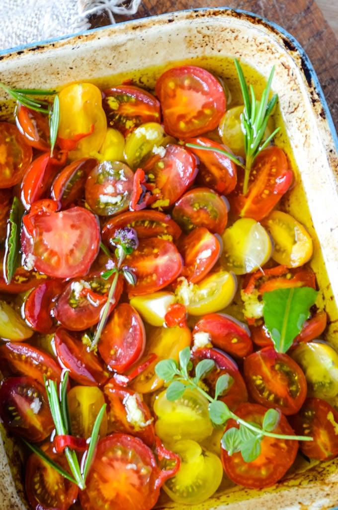 cherry tomatoes before roasting