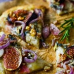 fig prosciutto and blue cheese pizza