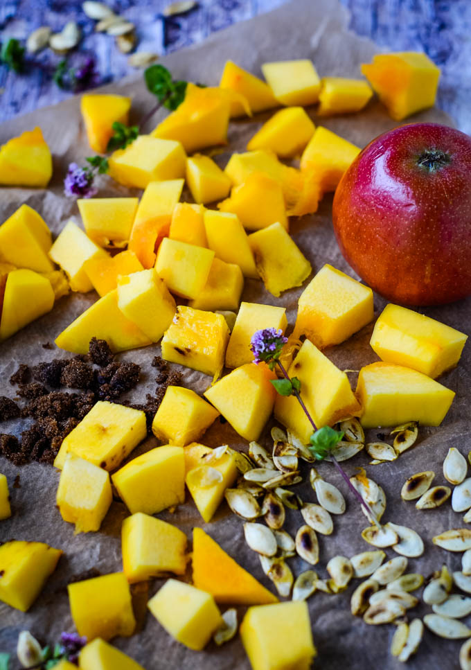 ingredients for pumpkin and apple pie
