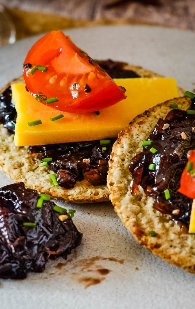 close up of oatcakes with marmalade
