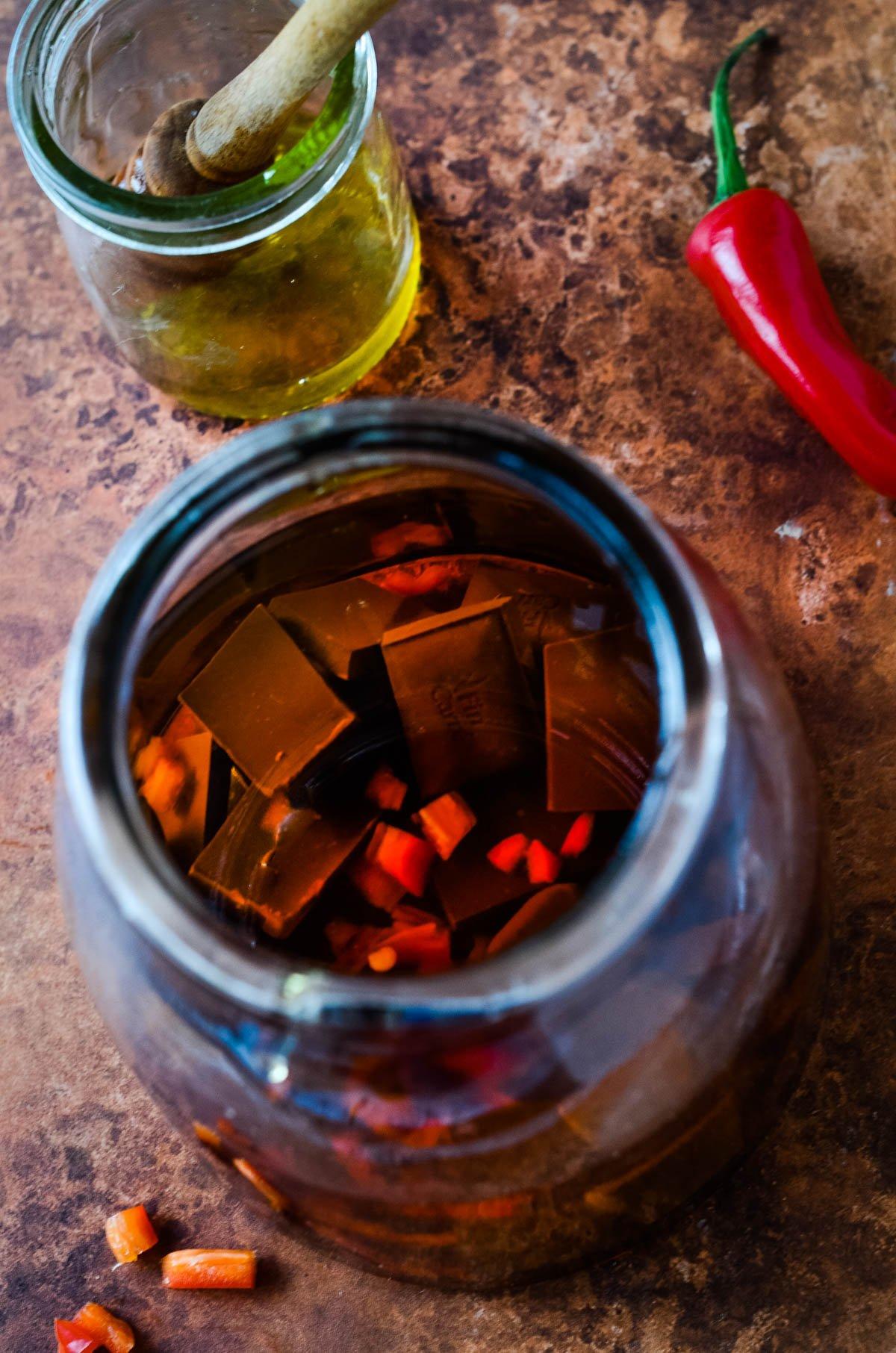 all ingredients for liqueur in jar