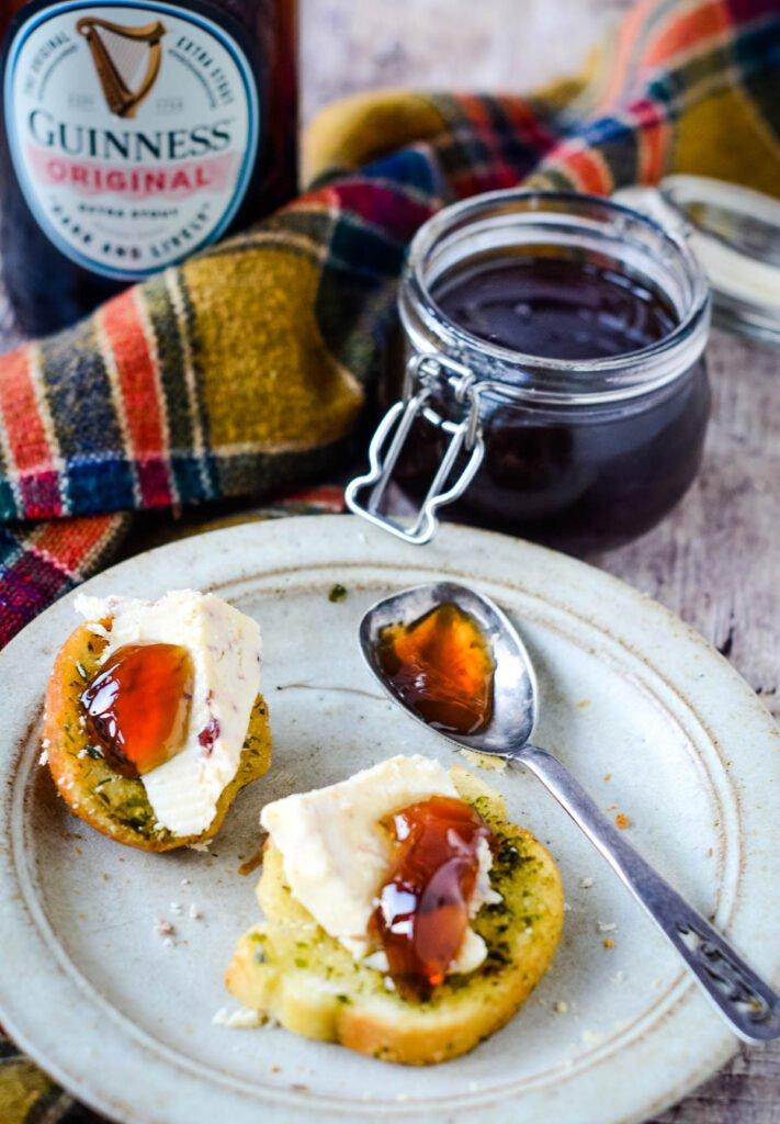 Guinness jelly on bread and cheese
