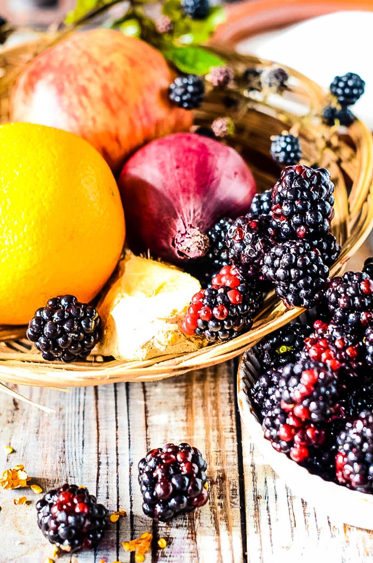 ingredients for blackberry chutney